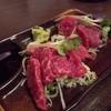 四文屋 - 料理写真:2012.5 桜肉赤身刺(350円)を2点盛りで