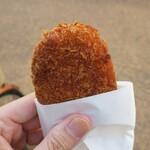 肉のすずき - ・「じゃがいものコロッケ(¥110)」