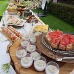 岩崎台倶楽部 グラスグラス - 春をテーマにしたパティシエ特製デザートビュッフェ 美味しそうなデザートいっぱい♡