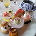 岩崎台倶楽部 グラスグラス - 一皿目デザート♡いっぱい食べちゃいます♪