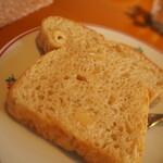 うさぎの小屋 - ランチコース パン追加