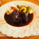 うさぎの小屋 - ランチコース 肉メイン 牛肉の赤ワイン煮