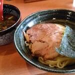 Yuimarujin - つけ麺