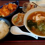 花丘飯店 - 料理写真:海老チリセット