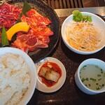 焼肉だいじゅ園 - 料理写真:焼肉ボリュームセット 1,280円(税別)