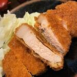 Tonkatsuyamamoto - とんかつ山本@京都市役所前 ろーすかつ 断面