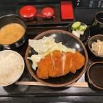 Tonkatsuyamamoto - とんかつ山本@京都市役所前 ろーすかつ定食(2090円税込)