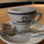 カフェ ブリュ -