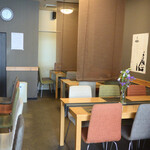 Hagakuretei - 居心地の良い落ち着いた店内です