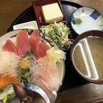 さかな食人 - 料理写真:海鮮丼