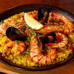 テソロ・デル・マル - 料理写真:魚介のパエリア