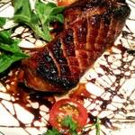 ベジバル Itaru 池袋 ~Vegetable Bar & Organic~ - 燻製合鴨焼き・薩摩醤油とカシスのソース