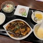 129803121 - 麻婆豆腐セット