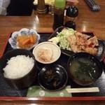 カフェ&スナック うめ - 日替りランチ-生姜焼き定食780円