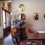cafe MONZA - お洒落な店内