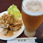 同心居 - 料理写真:グラスビール¥370、ザーサイ¥300
