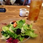カンテラ - ランチのサラダ、ドリンク