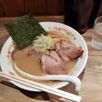 味源熊祭 おくむら - 旭川醤油チャーシュー麺。