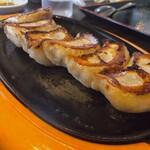 味の大王 - スタミナ餃子450円