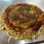 お好み焼・鉄板焼 栞 - 料理写真:肉玉そば(ダブル)