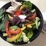 あおき - 料理写真:おまかせ日替り高知野菜たっぷりサラダ(チキン)