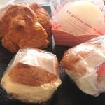 ケーキ工房 ポルト・ボヌール - 料理写真:前列→ミニシュー。後列左→窯出しシュー後列右→天使のほっぺ
