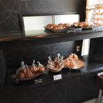 ダンデリオン - 店内のパン達