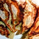 フクヤのハッスル餃子 - 料理写真:焼いてみました