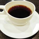 Bisutorovivan - ランチコース 1500円 のコーヒー