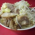 ラーメン二郎 - 料理写真:2012.5 大豚ダブル(1,000円)ヤサイスクナメニンニク