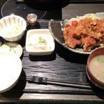 Gyouzanabeachankitashinchi - 鶏の唐揚げ定食ランチ 850円