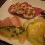 タイーム - 2012・5月 前菜盛り ヒラマサのカルパッチョ等