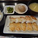 12988223 - 焼餃子定食(10個):850円