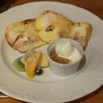 ボン ムー - 料理写真:シフォンのフレンチトースト