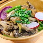 アールファクト - 料理写真:豚バラ舞茸丼
