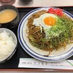 129891273 - 大判焼き マツモト@市沢町(横浜) いか玉焼きそば・ソース+ご飯セット(715円+165円)