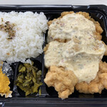 宮崎の台所 あかね屋 - チキン南蛮弁当500円