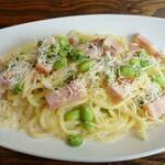 イタリア食堂 Ciao!! - ベーコンと枝豆のクリームソース