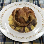 129909459 - 丸いりんごのパン
