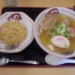 らーめん きちりん - 料理写真:チャーハンセット(塩)
