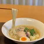 らーめんstyle JUNK STORY - 自宅できらめきの塩麺リフト