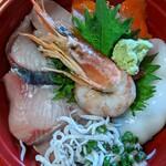 鮮魚とおばんざい 我屋 - 名物!魚介だらけの我屋かきあげ丼