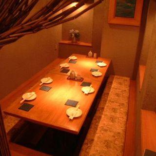 別空間の人気個室は、6名~8名様までご利用いただけます!