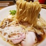 Menyashou - 小麦の風味が強い麺❗ 香彩鶏だしの特製醤油ラーメン 1,090円