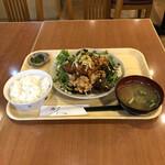 洋風居酒屋 でみぐら亭 - 料理写真: