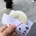 やす武 - 梅ヶ枝餅