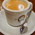サージョンズカフェ イタリアーノヨコハマ - スパゲッティランチ付属のドリンクにホットコーヒー