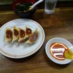 亀戸ぎょうざ - 餃子と炒飯のスープ