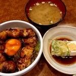 八剣伝 - 焼きとり丼セット(650円税込)