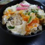 丸美屋 - さざえ丼700円